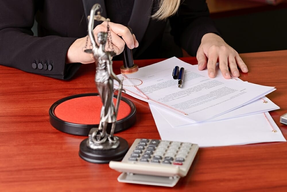 כיצד מגישים תביעה ייצוגית לבית משפט